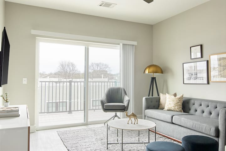Sonder *Monthly Discounts* 1BR + Free Parking