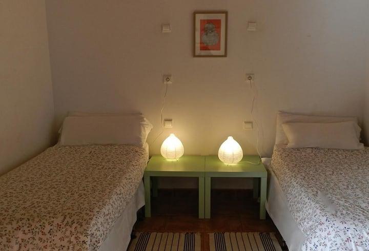 Hostel El Lago Caceres - habitacion triple estándar  - Tarifa estandar