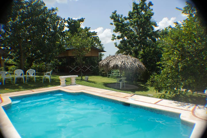 Beautiful Relaxing Country Ranch With Pool - San Cristobal