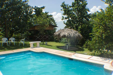 Beautiful Relaxing Country Ranch With Pool - San Cristobal - Natuur/eco-lodge