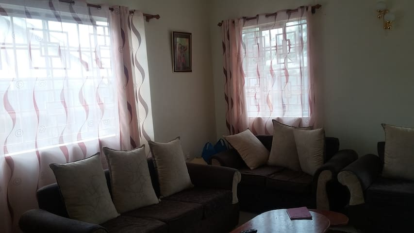 THE QUIET AND COSY HOUSE - Ongata Rongai