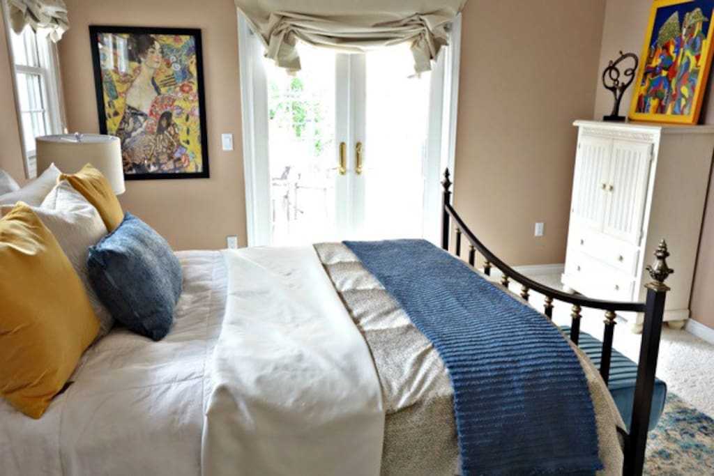 Monroe Balcony Suite - bright bedroom suite w/ direct access to wrap-around balcony