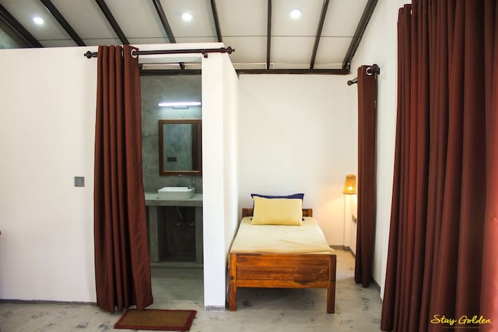 That's the single bed. The cabana suits 3 persons in total.