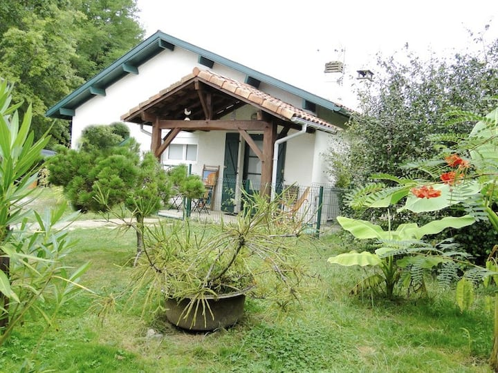 Basta Home (meublé de tourisme classé 3étoiles)