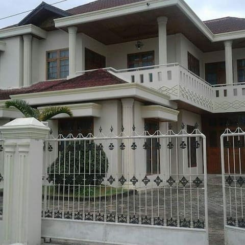 Home stay 77 syariah