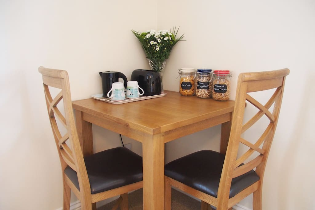 Table and chairs, perfect for breakfast