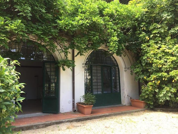 Il Glicine. Appartamento in casale a Porto Ercole