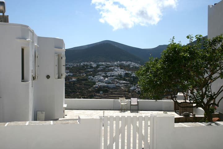 Traditional Cycladic Residence - Artemonas - Ev