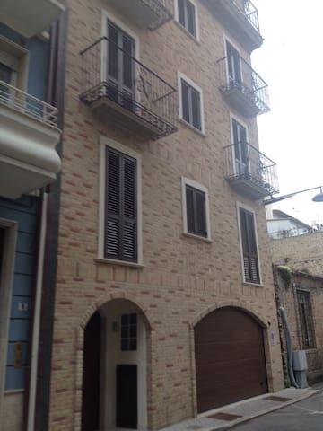 palazzina in centro - San Benedetto del Tronto - Bed & Breakfast