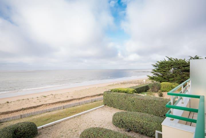 Appartement au calme sur la plage de Bonne Source