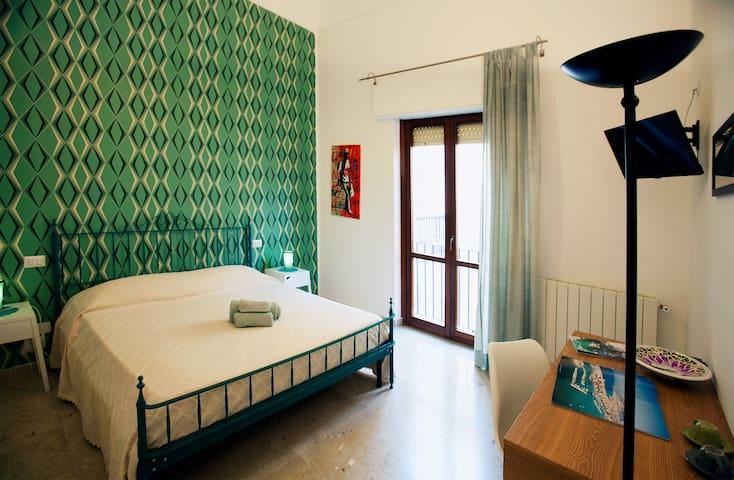Very nice twin room with breakfast B&B***
