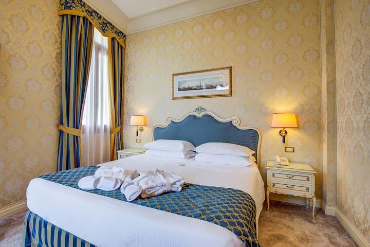 Hotel Antiche Figure - Deluxe double room
