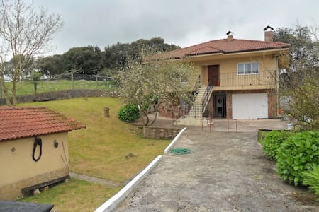 casa en la franca con gran terreno playa franca - La Franca