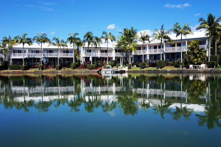 Luxury Waterfront Villa -  10/4 Portside Ct Noosa