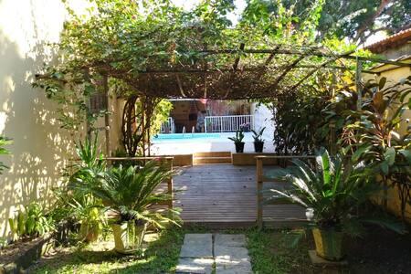 Casa Tangerina - Ponta Negra, Maricá