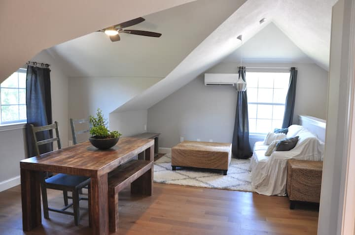 Hill Country Honeymoon Suite