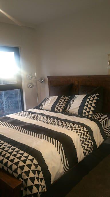 second queen bed