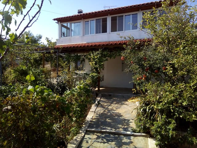 House near airport - Spata