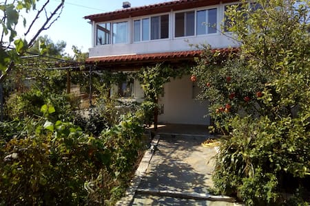 House near airport - Spata - House