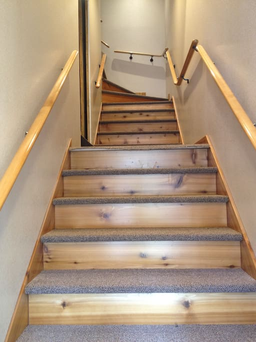 20 stairs to reach 2 bedrooms