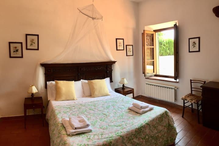 Country house Villa Le Sorti near Florence