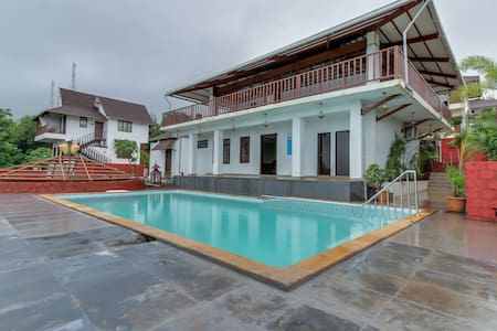 Balinese Elegant Suite at Exotica Suvarna Samudra