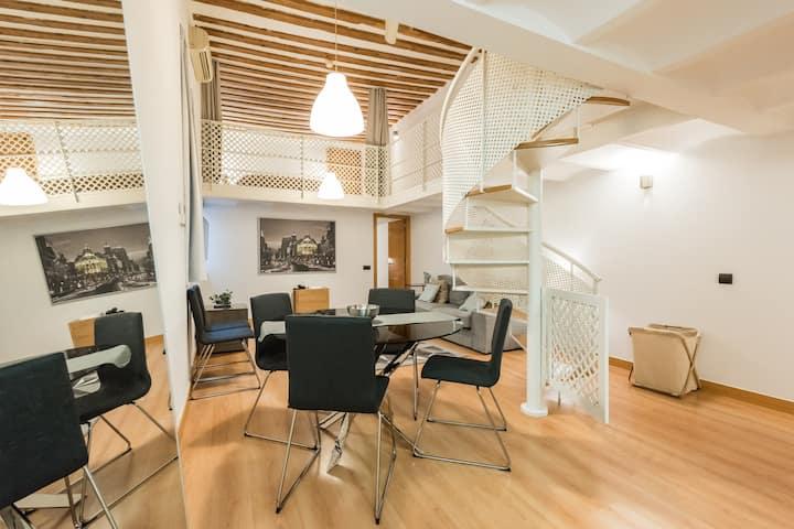 Luxury design apartment in the best location