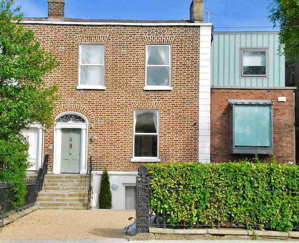 Renovated apartment in Rathgar Townhouse