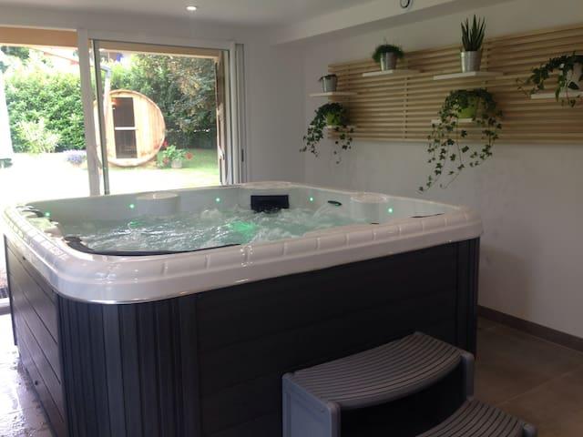 Savoie: chambre avec  sauna et SPA sur réservation