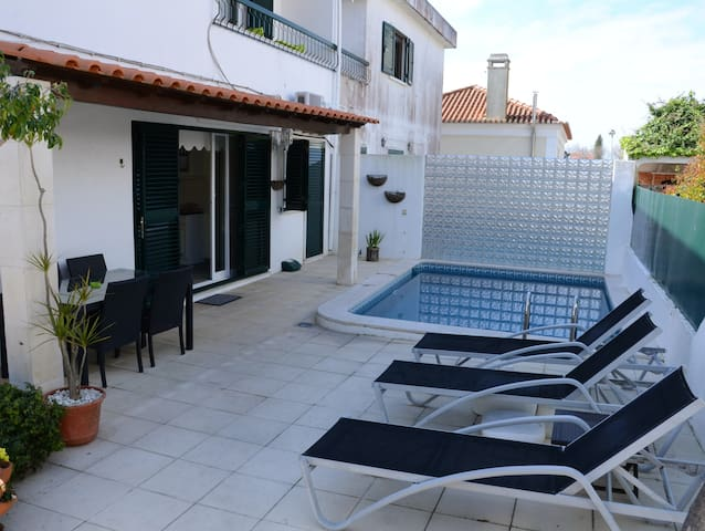 HYH Carcavelos Coast - Private Room (5 pax) - São Domingos de Rana