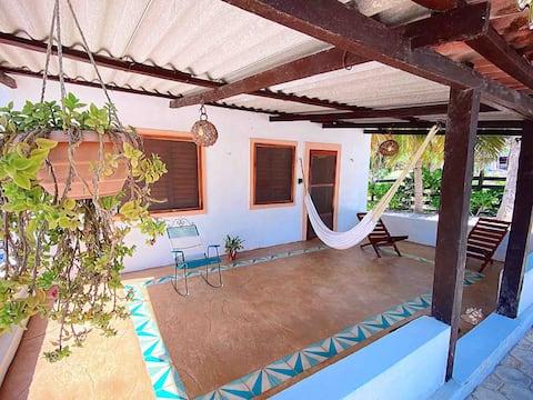 Coconut Palm House || El Cuyo