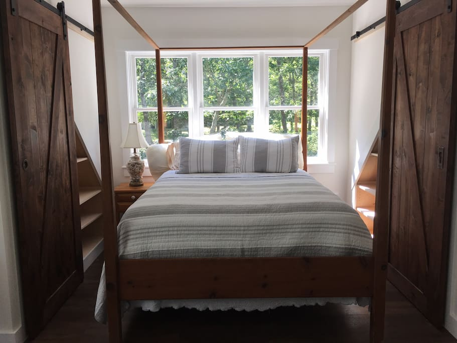 Queen sized canopy bed