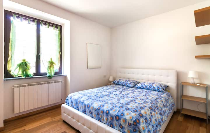 Cozy apartment near Lakes and Swiss Border - Wifi