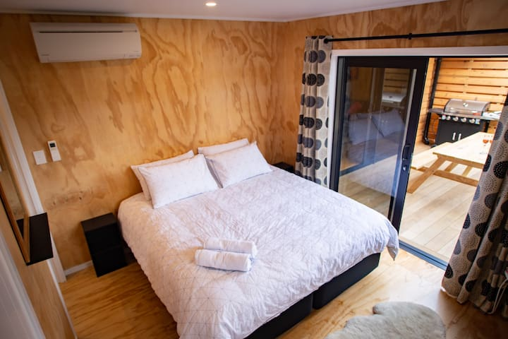 Bedroom 2 - Bed can be split into two singles