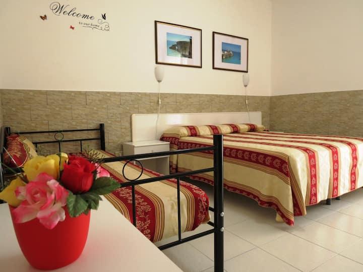 Camera con colazione in Hotel Residence Vieste