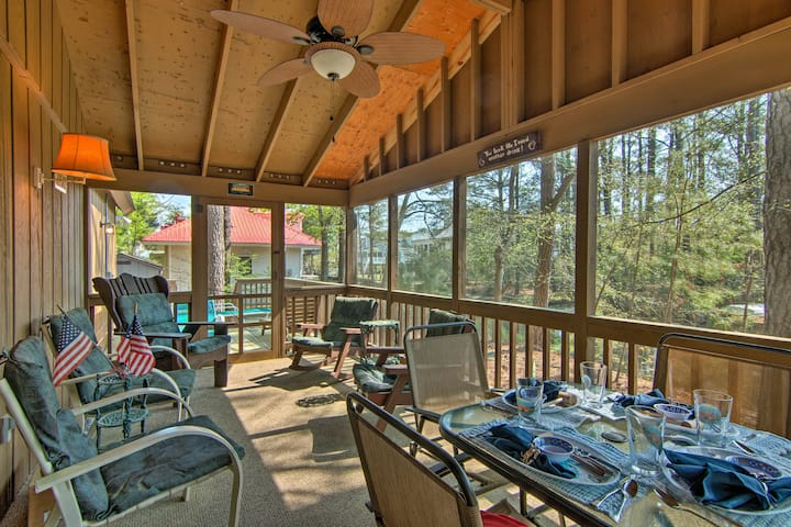 Updated Bethany Beach Home w/Deck - 1 Mi to Ocean!