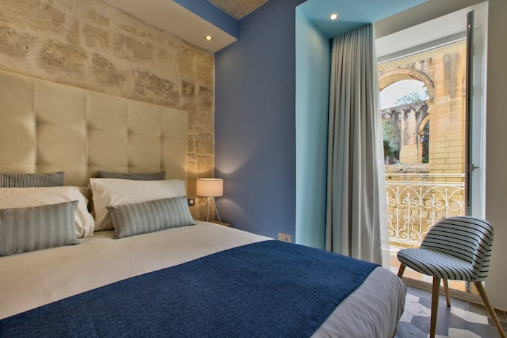 Barrakka Suites, Standard Suite, Central Valletta