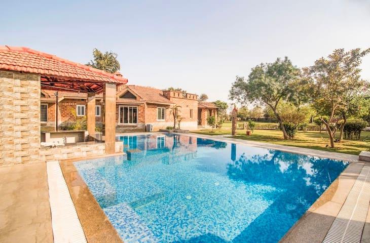 Swimming Pool with Villa