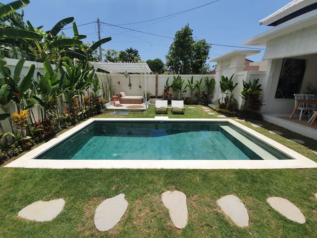Villa Soul Bali Room 1 w/ pool in Eco-Beach Canggu