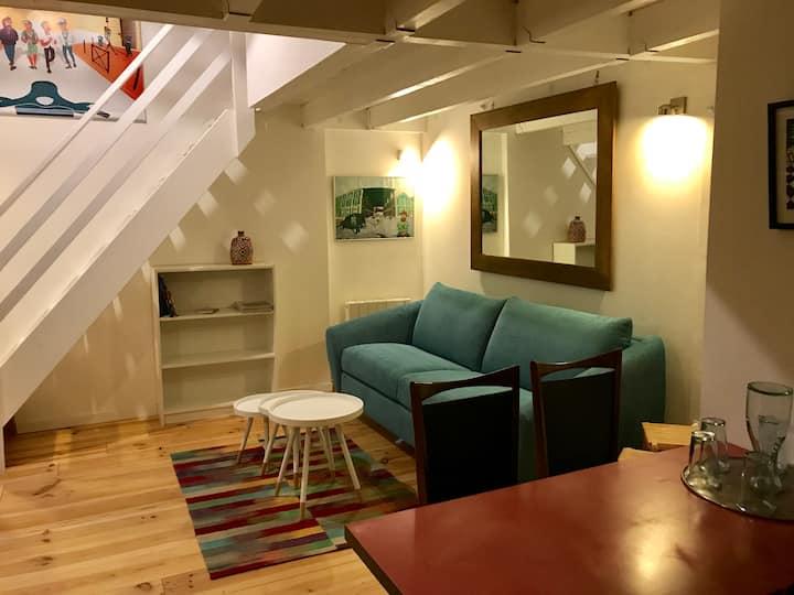 """Appartement """"Vintage"""" cosy au coeur de Bordeaux"""