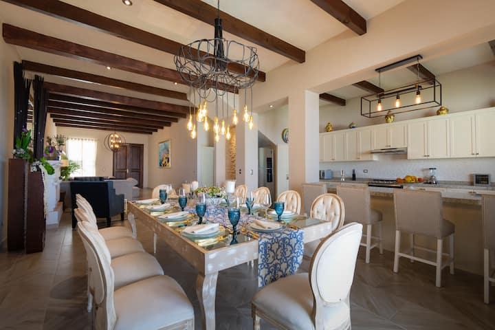 Casa Sta Rosa. 18 huésp+jacuzzi+espaciosincreíbles