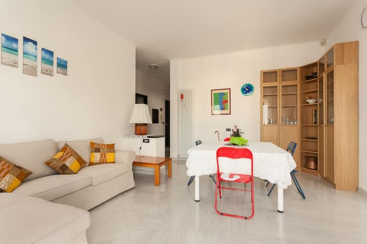 ✧ Spacious Flat near the Sea & City Center ✧