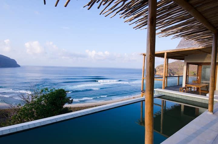 YoYo's Surf View - Kini Villa