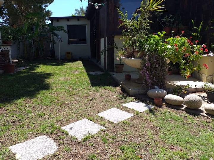 Appartamento in Villa fronte mare con giardino