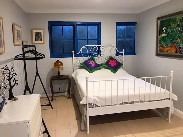 Newly Renovated, private flat - Lindfield, Sydney - Lindfield - Apartamento