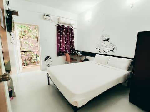 Raccoon Rooms_Room5