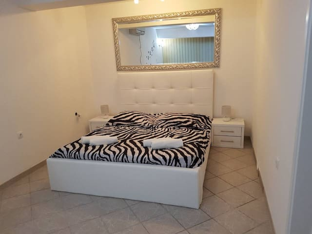 Apartment Picasso 3 for 4pax in Novalja