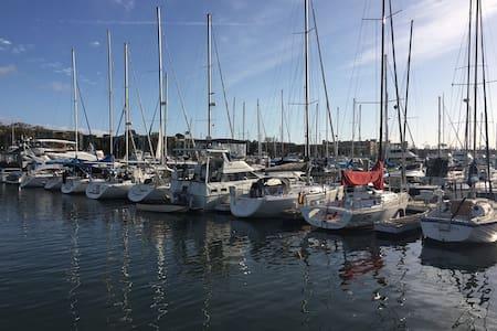 A'hoy mate! Enjoy a relaxing marina experience! - Marina del Rey