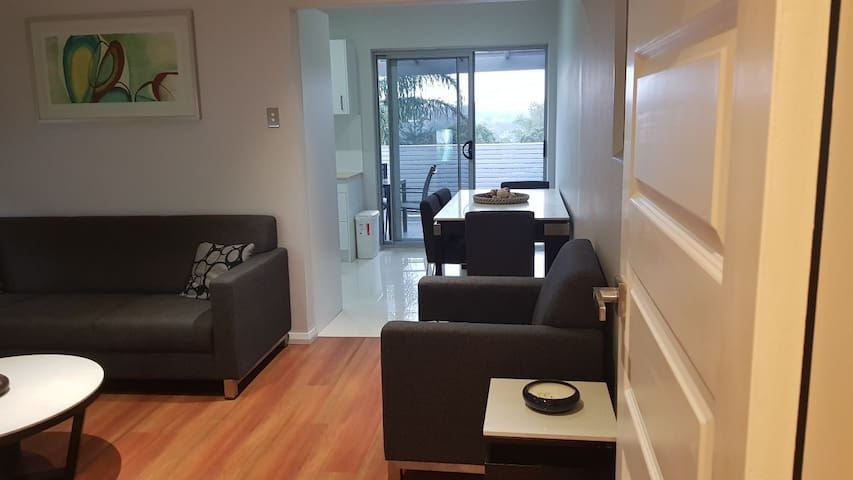 2 bedroom. house near the airport