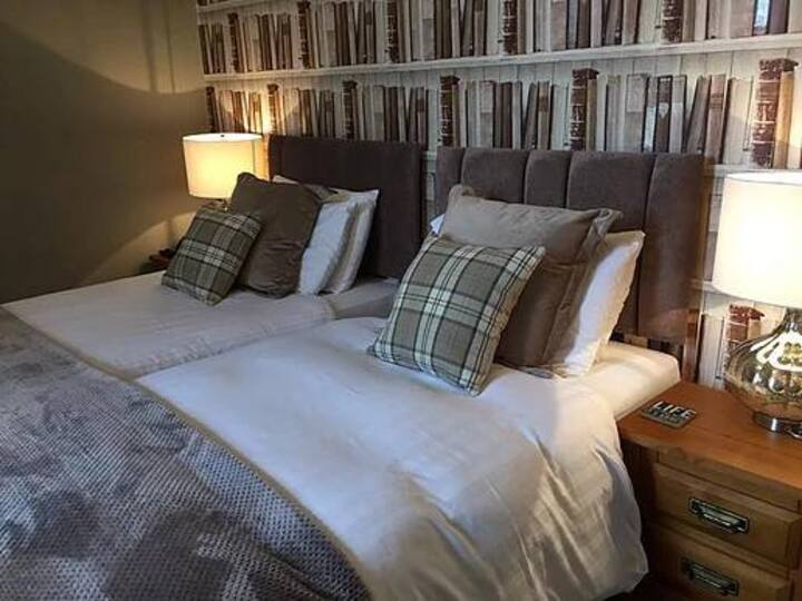 Meadowsweet Hotel - double room #7